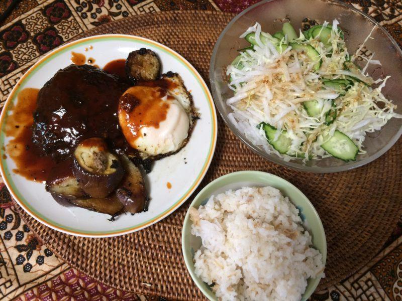 お米食べちゃう糖質制限やってみた つなぎなしハンバーグ エノキご飯