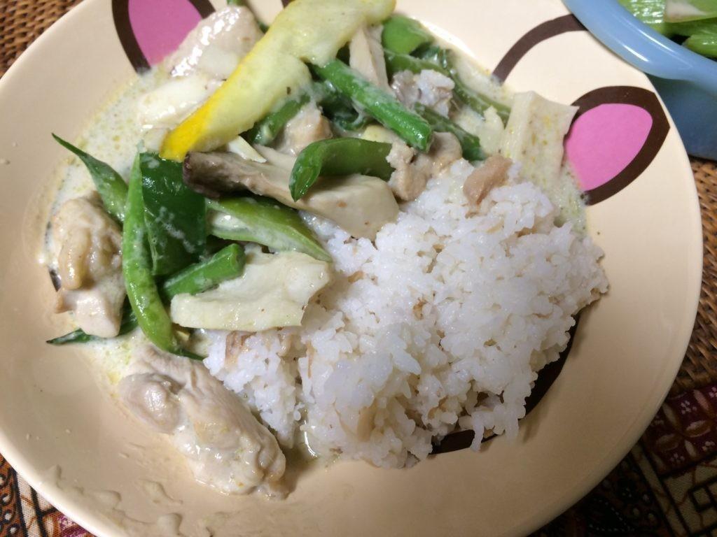 ご飯食べちゃう糖質制限やってみた 夏野菜でグリーンカレー