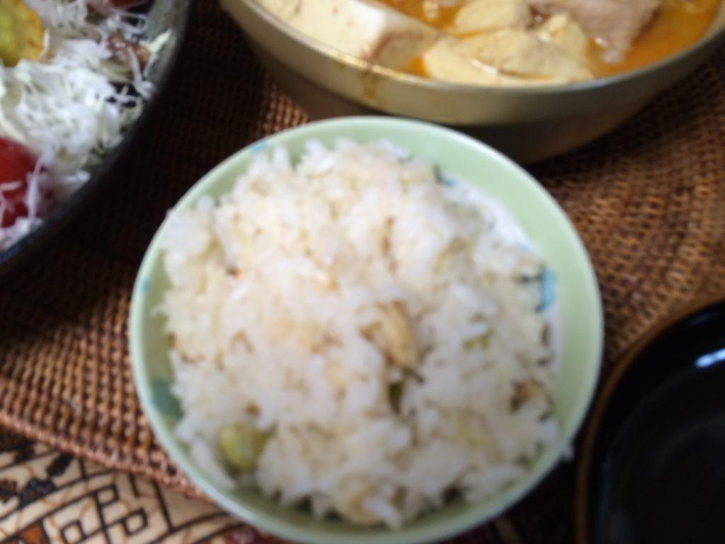 糖質制限やってみた 米を食べちゃう 大豆 白滝ご飯