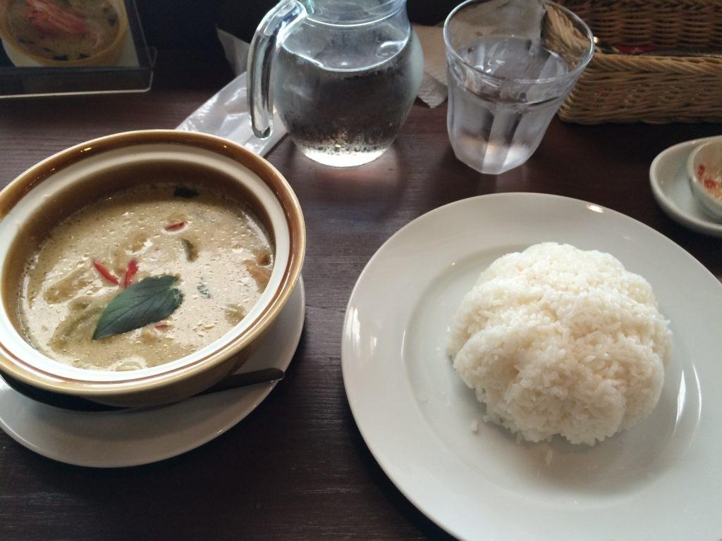 糸島 タイ料理 ドゥワンチャン オススメ グリーンカレー