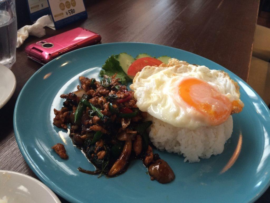 糸島 タイ料理 ドゥワンチャン ガパオライス