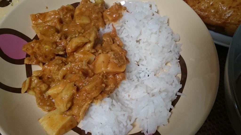 糖質制限でも米を食べるダイエット ココナッツオイルでタイ米 カレー