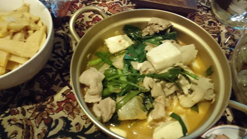 糖質制限ダイエットやってみた 豚キムチ豆腐でチゲ鍋