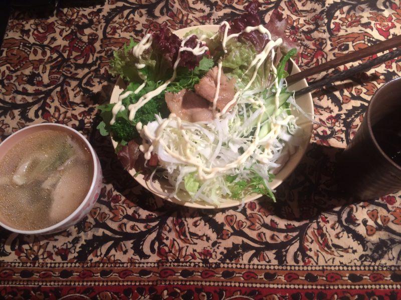5日目豚生姜焼きサラダ丼 地鶏食堂 ダイエットやってみた